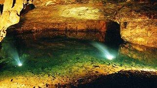 Carnglaze Caverns>