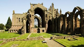 Melrose Abbey>
