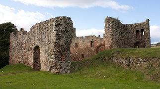 Hailes Castle>