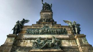 Памятник Германии (Нидервальд)>