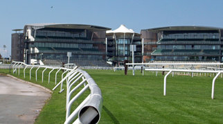 Aintree (circuit)>
