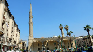 مسجد الإمام الحسين بالقاهرة>