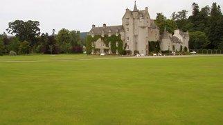 Ballindalloch Castle>