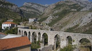 Bar Aqueduct>