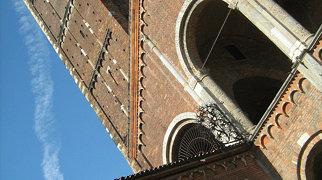 Basilica of Sant'Ambrogio>