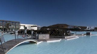 Blue Lagoon (geothermal spa)>