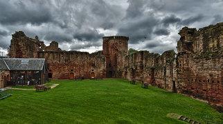 Bothwell Castle>