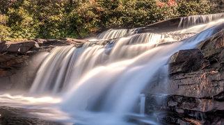 Bridal Veil Falls (DuPont State Forest)>