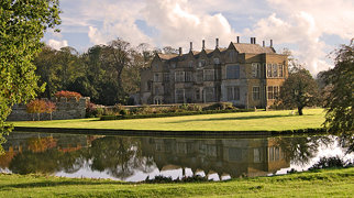 Broughton Castle>