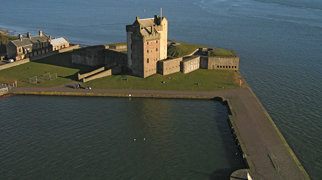 Broughty Castle>