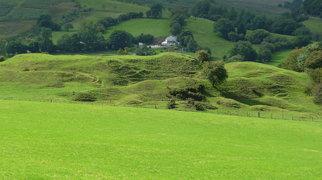 Bryn Amlwg Castle>