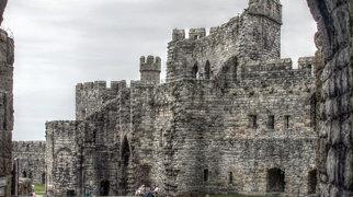 Castillo de Caernarfon>