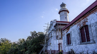 Cape Bojeador Lighthouse>