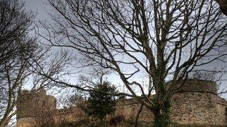 Castell Aberlleiniog>