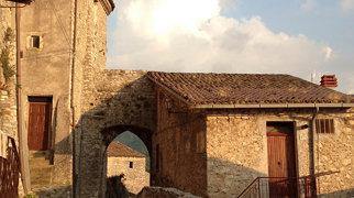 Castello di Pereto>