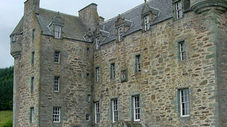 Castle Menzies>