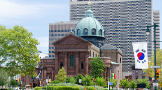 Cathedral Basilica of Saints Peter and Paul (Philadelphia)>