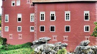 Červená Lhota Castle>