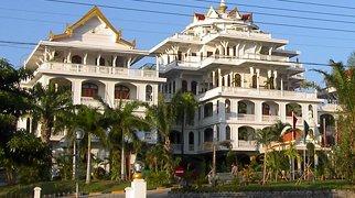 Champasak Palace>