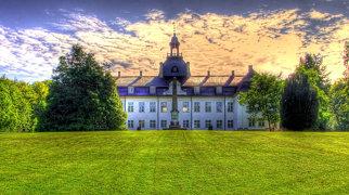 Charlottenlund Palace>