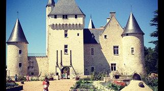 Burg Le Rivau>