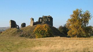 Clun Castle>