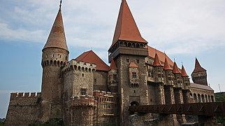 Corvin Castle>