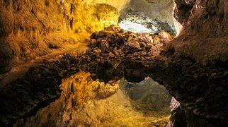 Cueva de los Verdes>