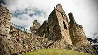 Dirleton Castle>
