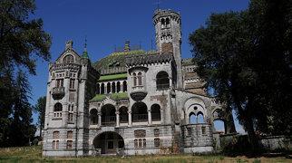 Dona Chica Castle>