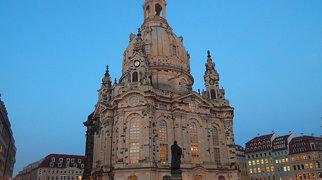 Dresden Frauenkirche>