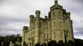 Duns Castle>