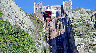 East Hill Cliff Railway>