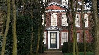 Fenton House>