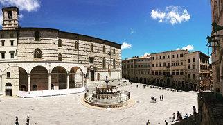 Fontana Maggiore>