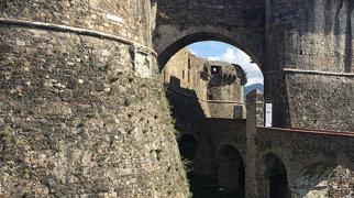 Fortezza di Sarzanello>