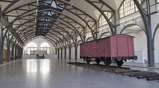 Hamburger Bahnhof>