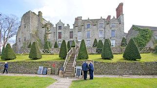 Hay Castle>