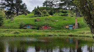 Hobbiton Movie Set & Farm Tours>