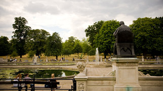 Hyde Park>