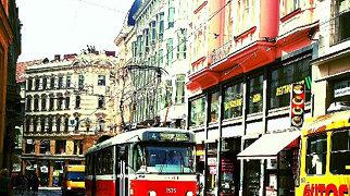 Jakubské náměstí (Brno)>