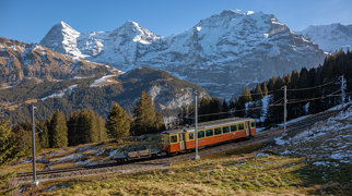 Jungfrau>