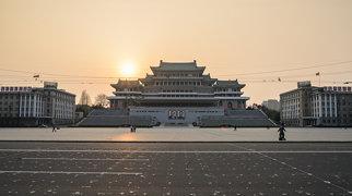 Kim Il-sung Square>