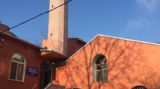 Kırmızı Minare Mosque>