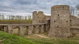Копорская крепость>