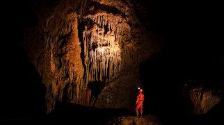 Krásnohorská Cave>