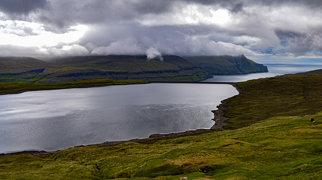 Lake Eiði>