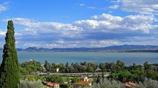 Lake Trasimeno>