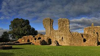 Llawhaden Castle>