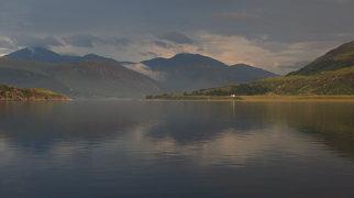 Loch Thom>